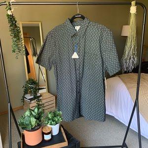 Haggar Mens Button Down Dress Shirt